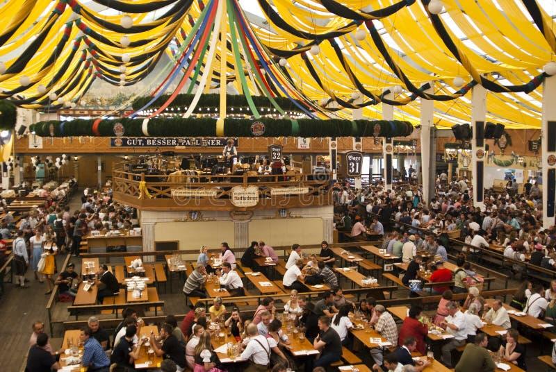 Barraca de Oktoberfest imagens de stock