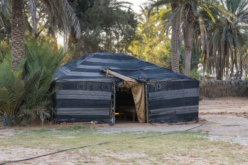 Barraca no deserto de Sahara imagens de stock