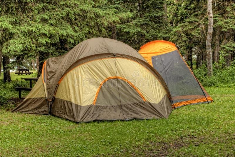 Barraca no local de acampamento imagem de stock