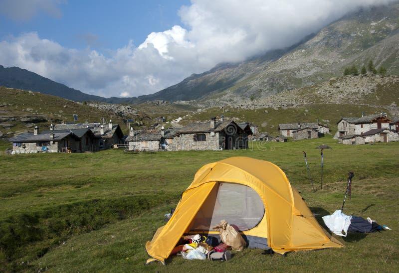 Barracas de acampamento imagens de stock royalty free