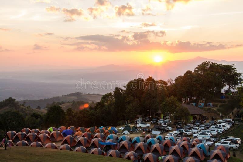 Barracas de acampamento em Doi Samer Da fotografia de stock royalty free