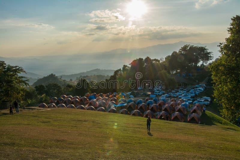 Barracas de acampamento em Doi Samer Dao fotos de stock
