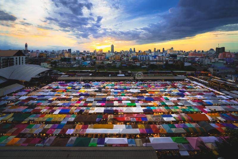 barracas Multi-coloridas imagem de stock