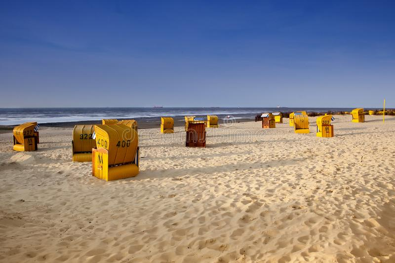Barracas no por do sol no Mar do Norte fotos de stock