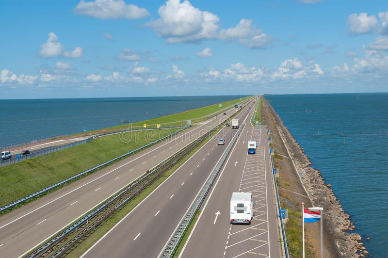 Barrage d'Afsluitdijk en Hollande (Hollandes) photographie stock