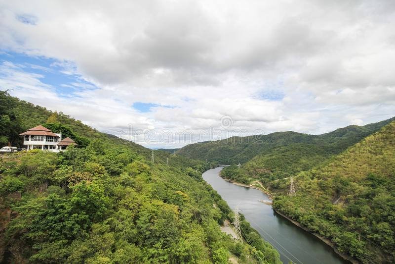 Barrage de Bhumibol, beau barrage de Tak, Thaïlande image stock