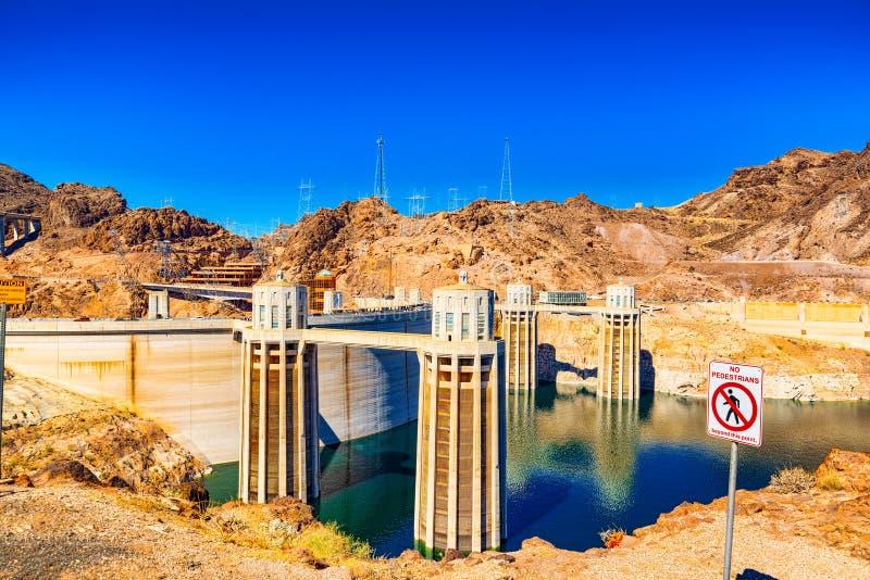 Barrage de Hoover célèbre et étonnant à la frontière du Lake Mead, du Nevada et de l'Arizona images stock