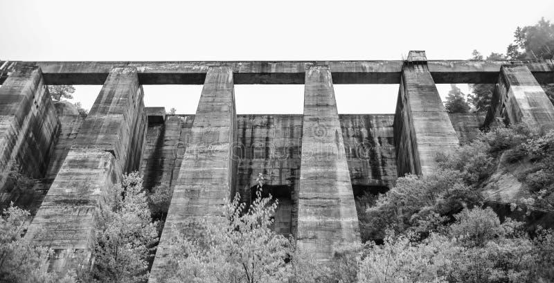 Barrage de Kurobe photographie stock libre de droits