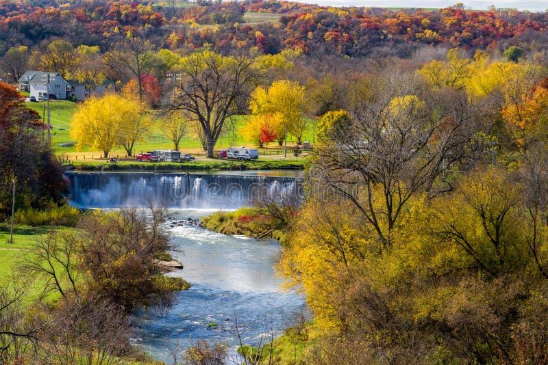 Barrage de Lanesboro, automne images stock