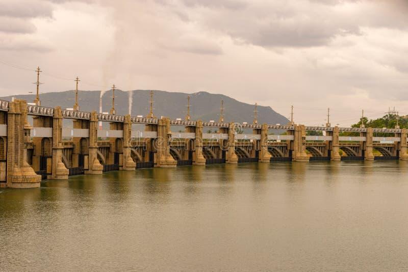 Barrage de Mettur dans Tamilnadu Inde photo stock