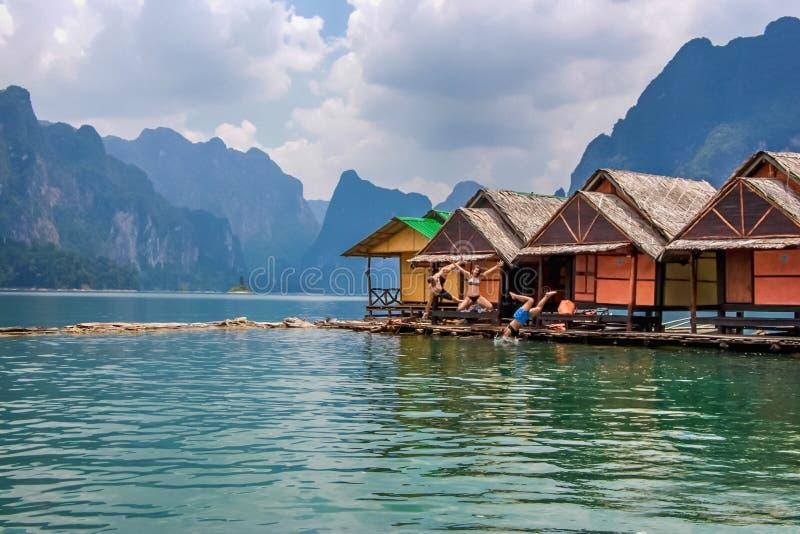 Barrage de Ratchaprapa, Thaïlande images stock