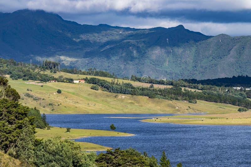 Barrage de Sisga situé dans la Colombie image stock