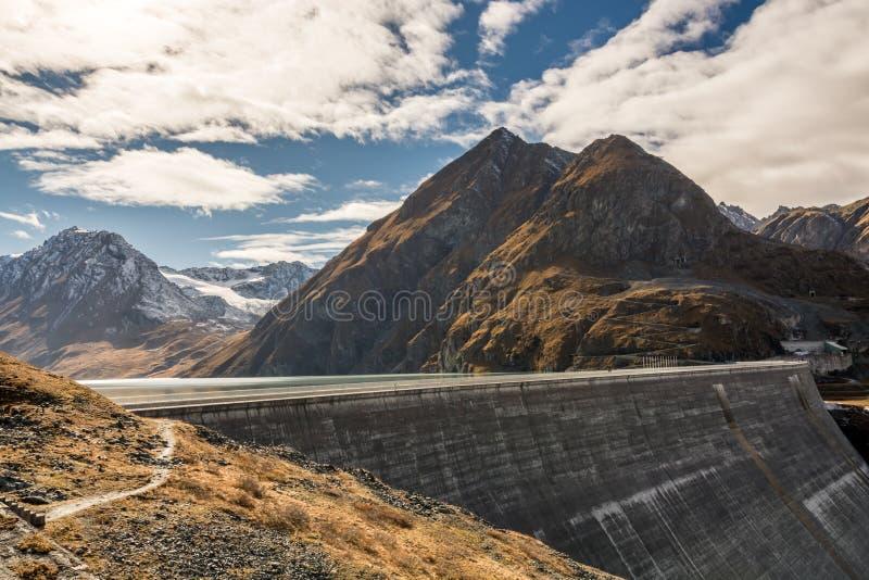 Barrage grand de Dixence en Suisse photo libre de droits