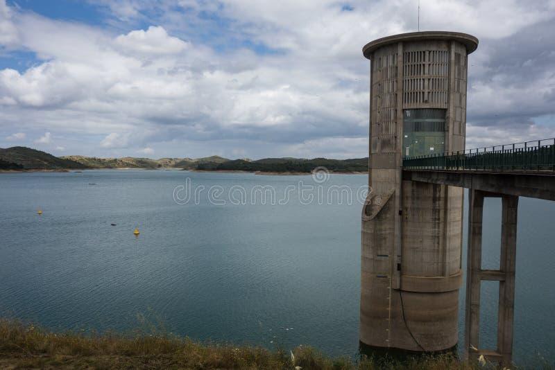 Barragem De Santa Clara, l'Alentejo, Portugal du barrage De Santa Clara images stock