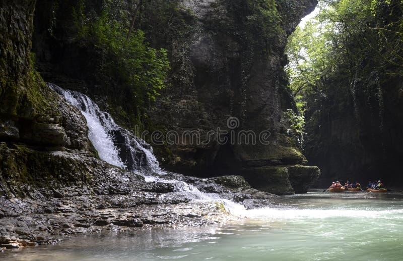 Barranco de Martvili, Georgia foto de archivo