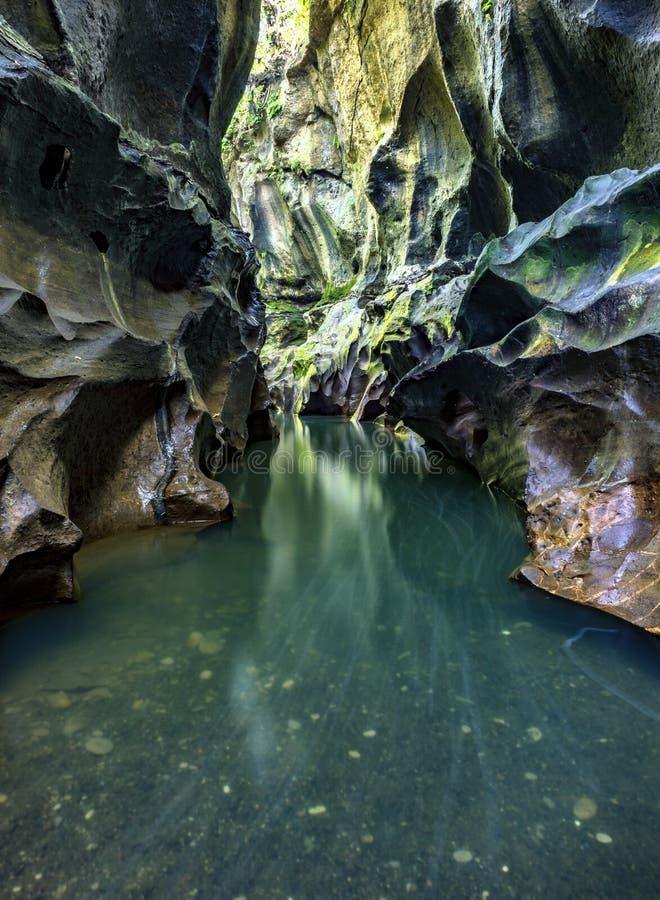 Barranco ocultado en Bali imagen de archivo