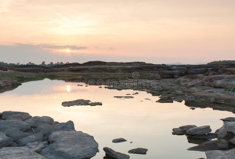 Barranco Tailandia de la roca de Sam Phan Bok imágenes de archivo libres de regalías