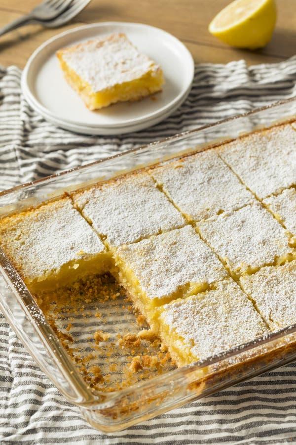 Barras caseiros doces do limão imagem de stock royalty free