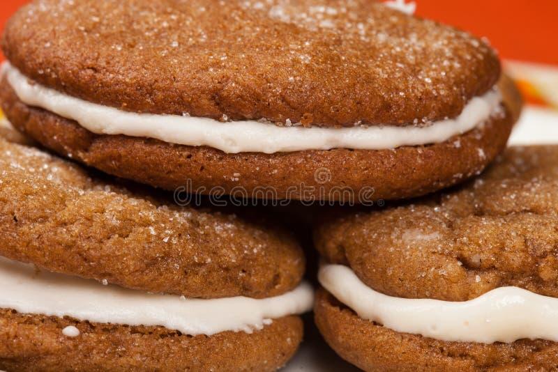 Barras de galletas de pan de jengibre caseras de la limonera de mamá imagen de archivo