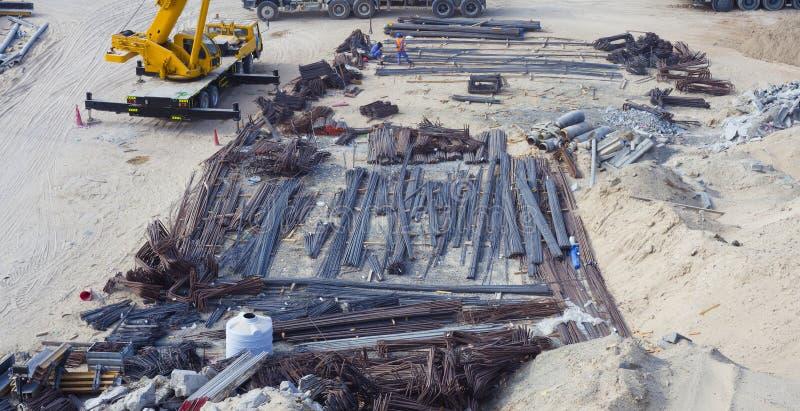 Barras do guindaste e do aço ou de ferro foto de stock