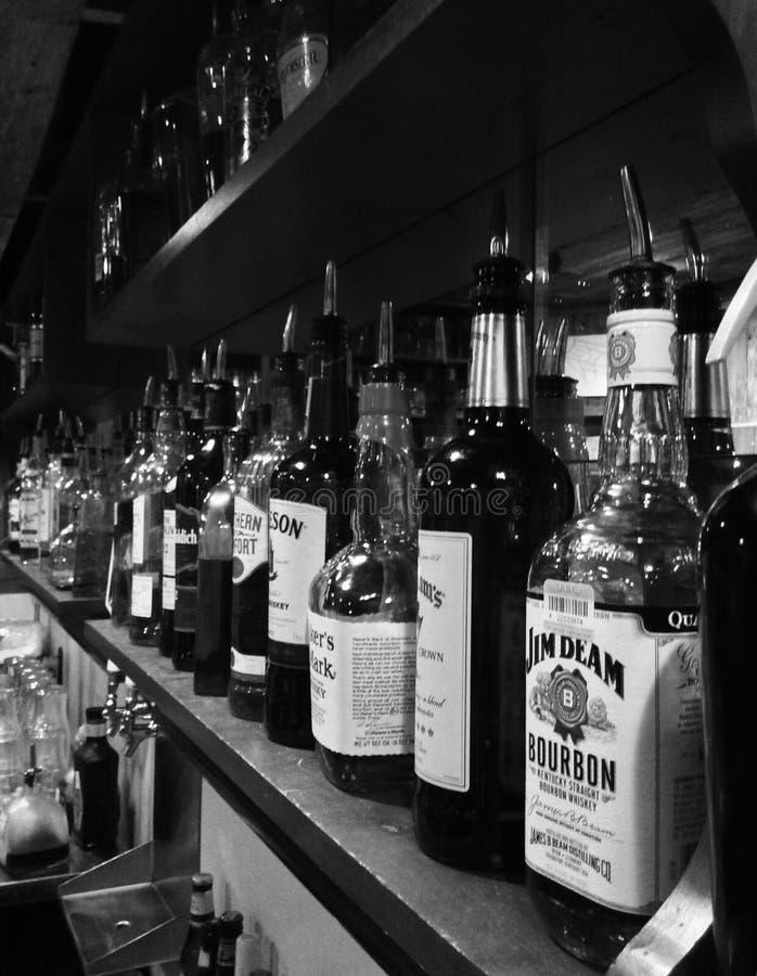 Barre de boisson alcoolisée photographie stock libre de droits