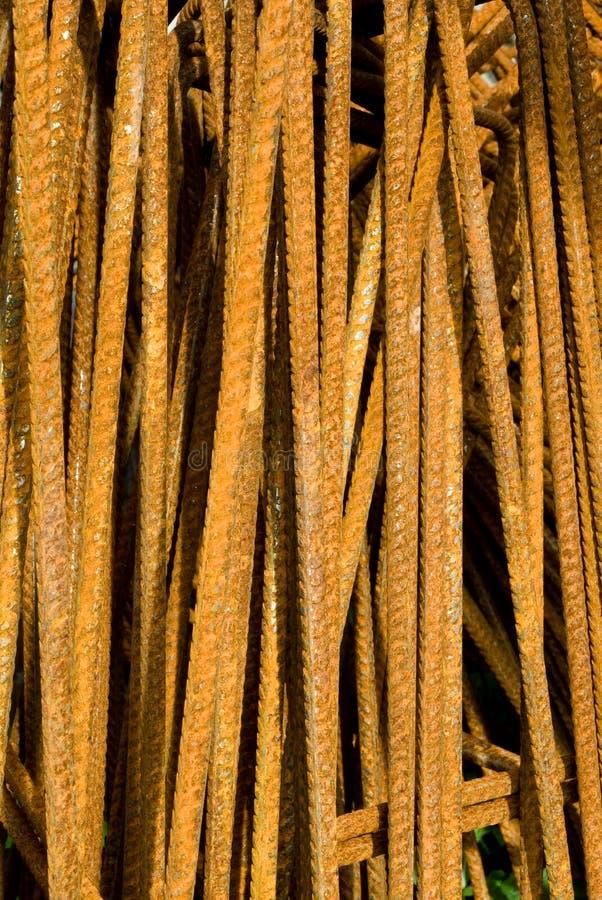 Barre di ferro arrugginite   fotografia stock