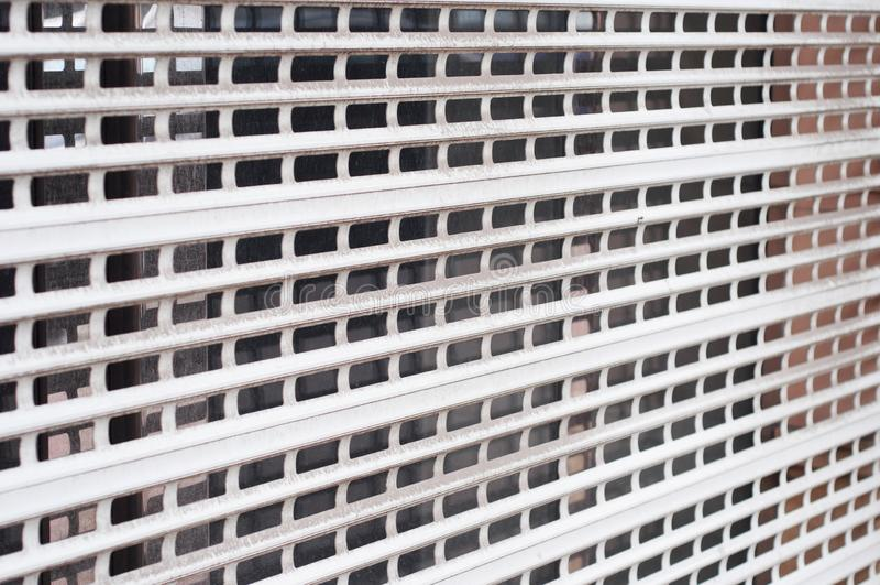 Barreira da segurança do obturador da janela da casa fotografia de stock royalty free