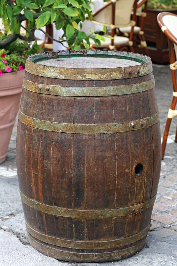 barrel tr? royaltyfria foton