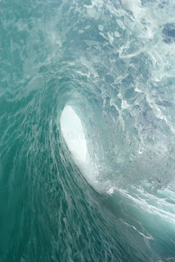Download Barreling Wave Royalty Free Stock Photos - Image: 2083698