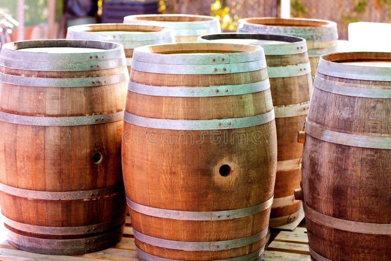 barrels древесина вина дуба ликвора стоковые фото