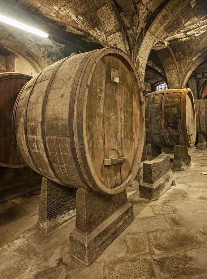 barrels старое деревянное стоковое фото