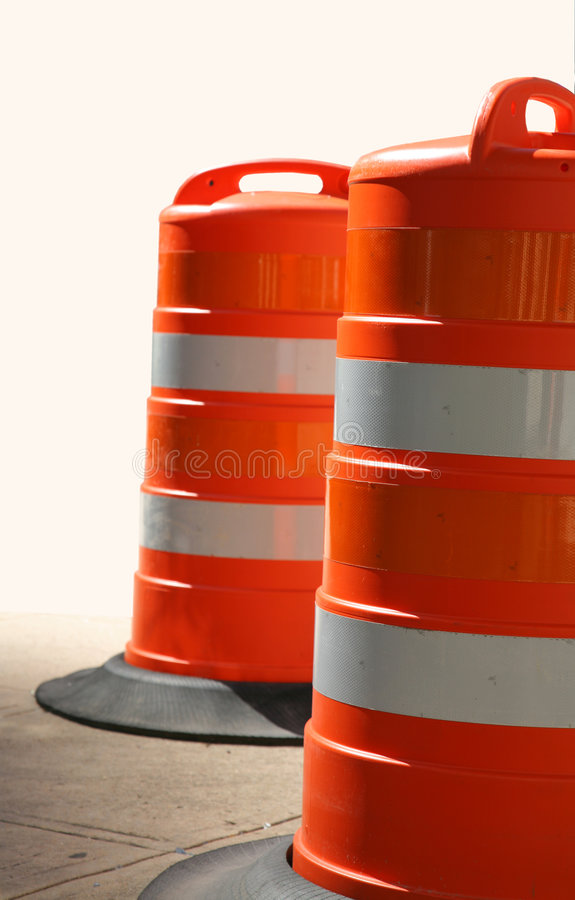 barrels la circulation orange deux photographie stock libre de droits