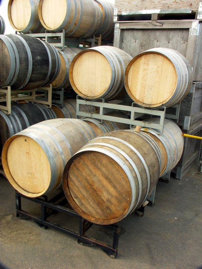 barrels oakwine royaltyfria foton