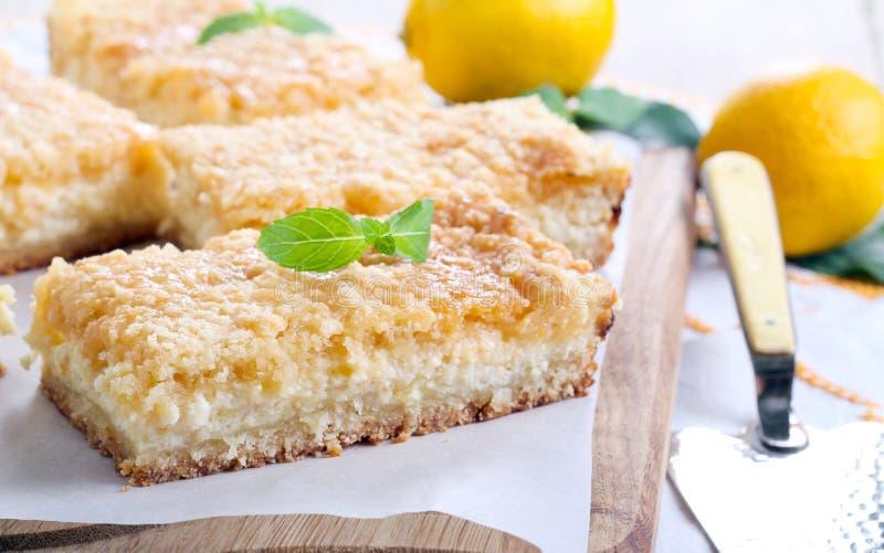 Barres de gâteau au fromage de citron images libres de droits