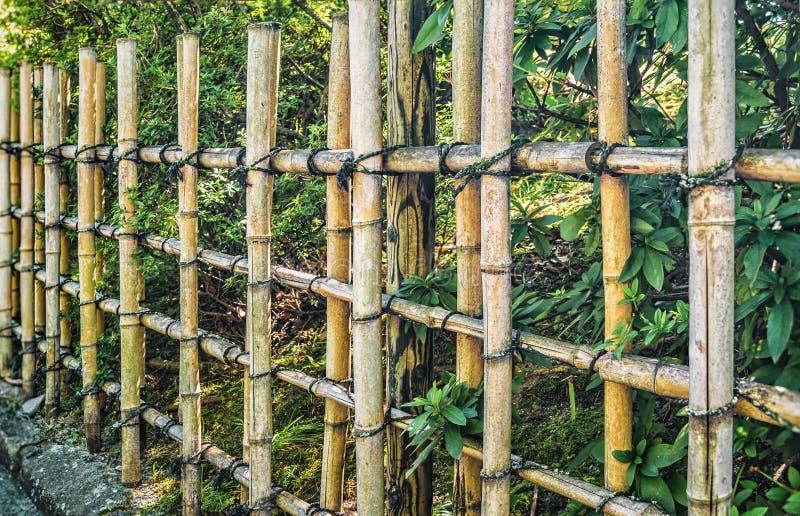 Barrière En Bambou Traditionnelle Japonaise Image stock - Image du ...