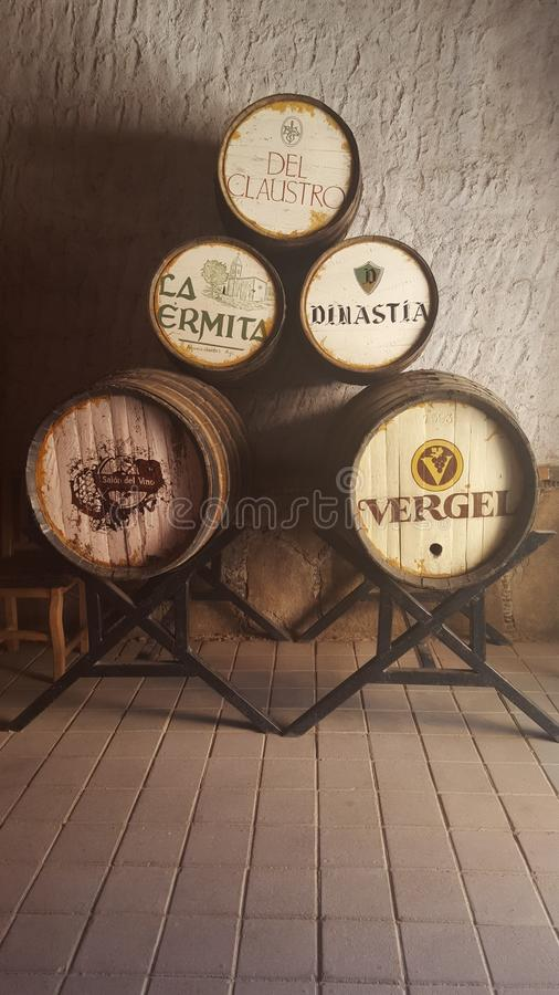 Barrica. S de vino en el bar royalty free stock photos
