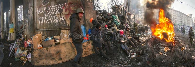 Barricades in de straat Hrushevskoho royalty-vrije stock afbeelding