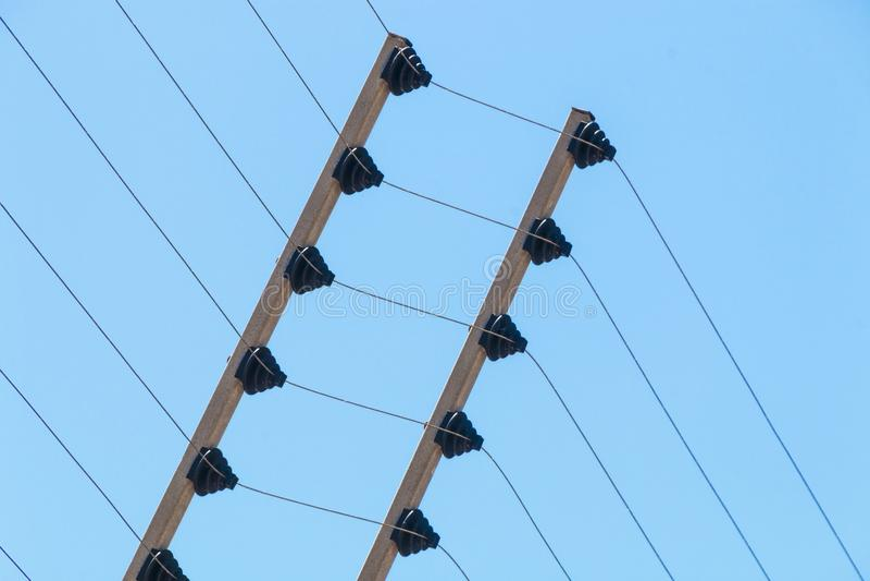 Barriera di sicurezza elettrica ad alta tensione fissata al muro Instalation fotografia stock