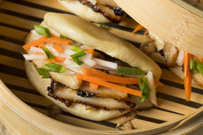 Barriga de carne de porco cozinhada caseiro Bao Buns fotografia de stock