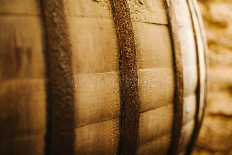 Barril de vino viejo del roble foto de archivo libre de regalías