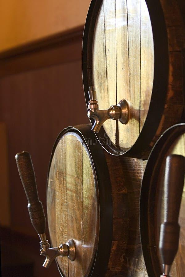 Barriles de cerveza foto de archivo libre de regalías
