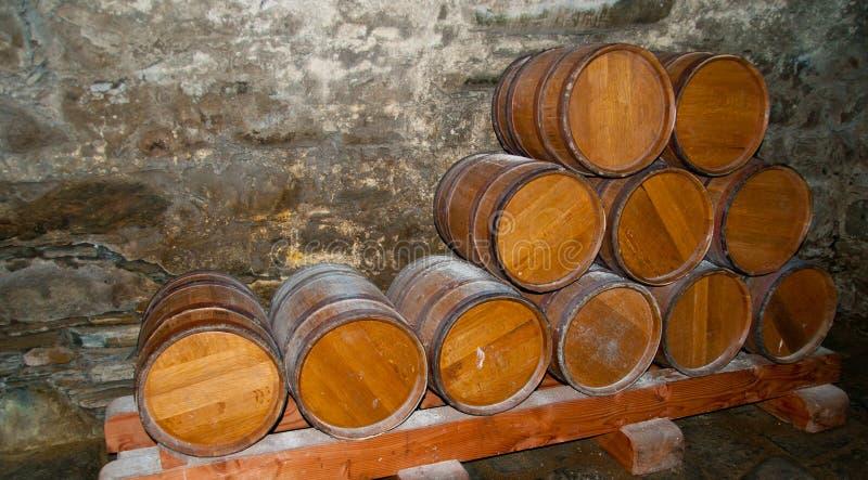 Barriles del whisky imágenes de archivo libres de regalías