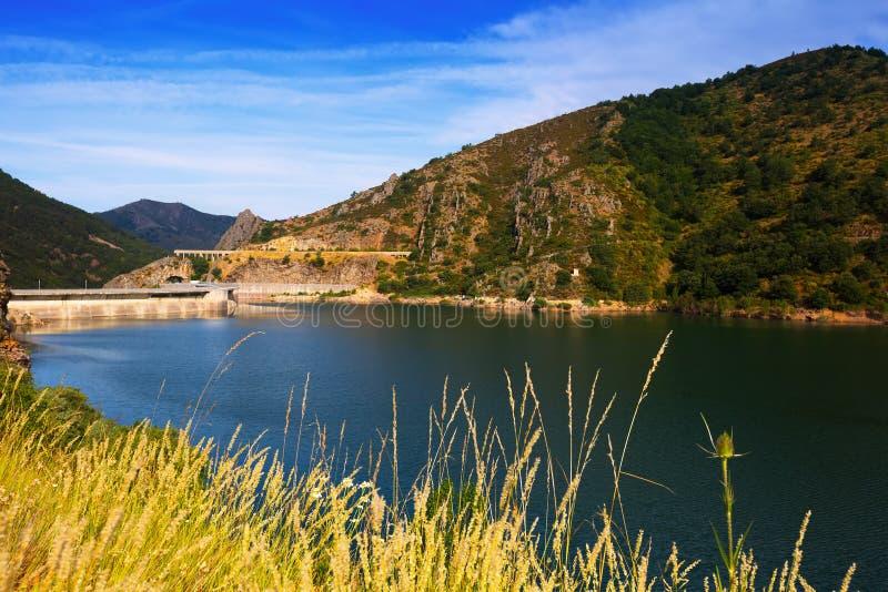Barriosde Luna reservoir Leon, Spanje stock afbeeldingen