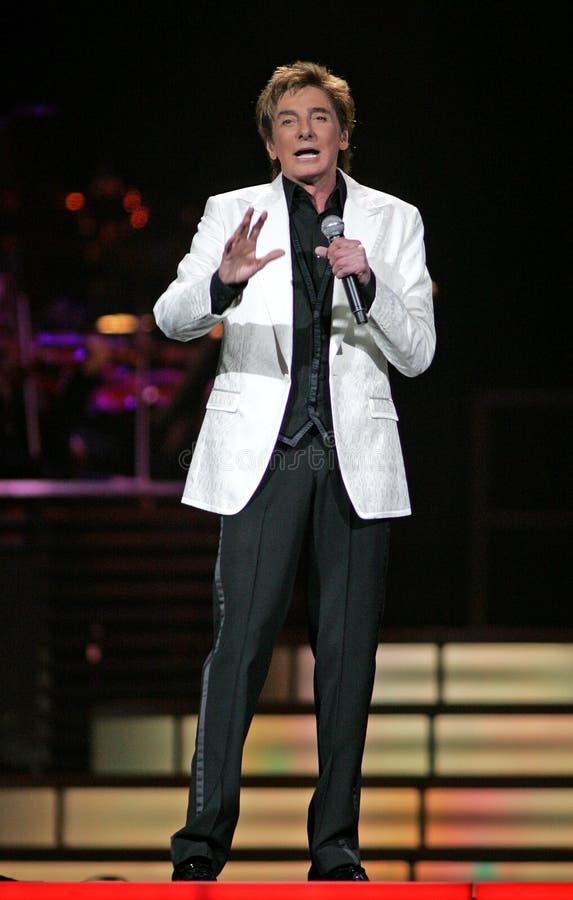 Barry Manilow se realiza en concierto fotografía de archivo
