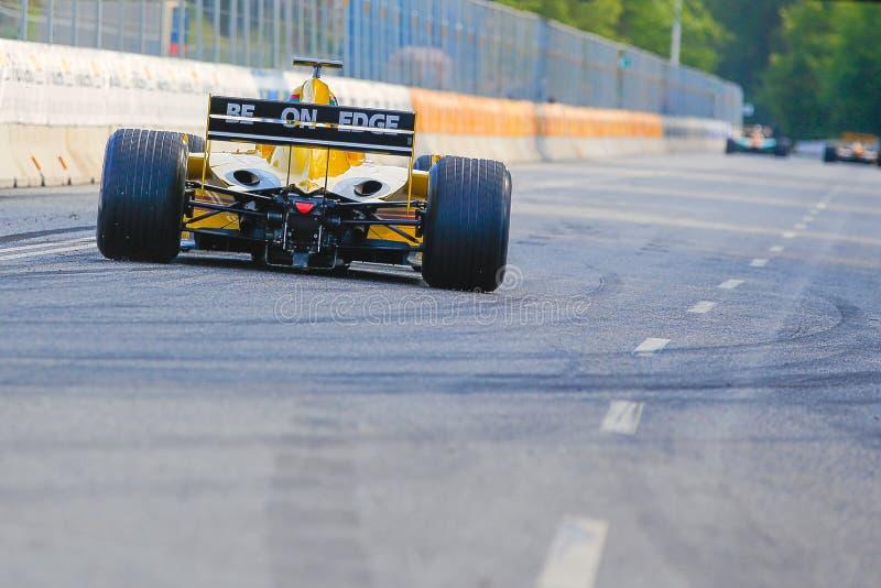 Barry Walker in einer Formel 1 Jordaniens EJ12 stockbilder