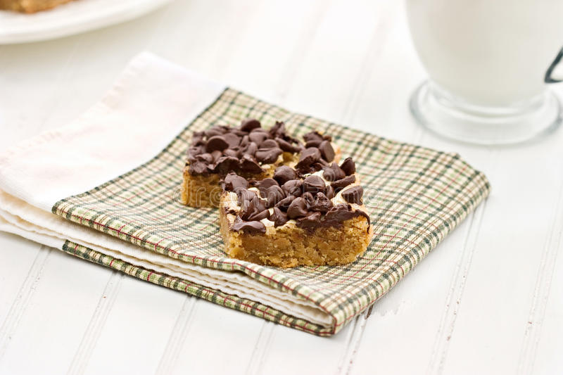Bars de puce de chocolat de beurre d'arachide photographie stock