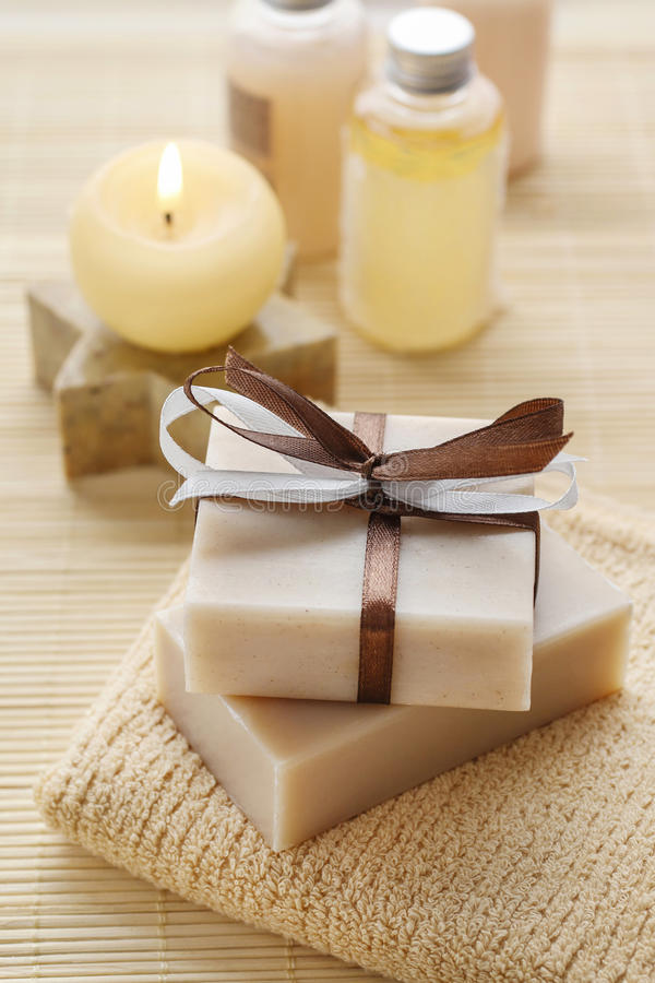 Free Bars Of Handmade Soap, Scented Candle And Bottles With Liquid So Royalty Free Stock Photo - 98738685