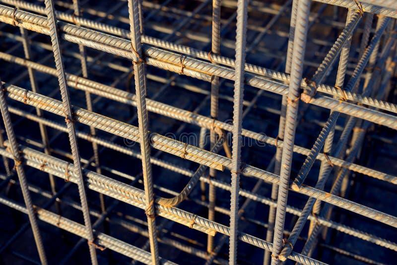 Bars van de metaal de roestige versterking Versterkend staalbars voor de bouw van anker royalty-vrije stock foto's