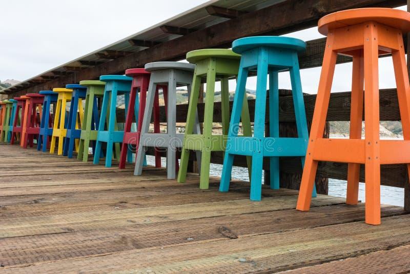 Barstools coloridos fotos de stock