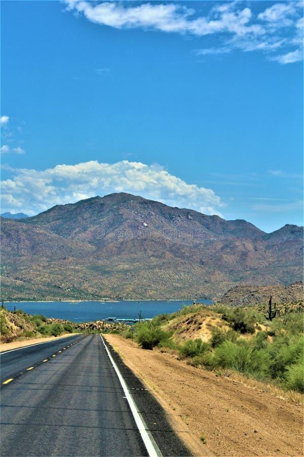 Bartlett δεξαμενή λιμνών, κομητεία Maricopa, κράτος φυσική άποψη τοπίων της Αριζόνα, Ηνωμένες Πολιτείες στοκ φωτογραφία με δικαίωμα ελεύθερης χρήσης